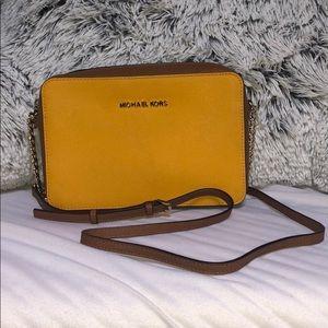 Michael Kors cross body purse!